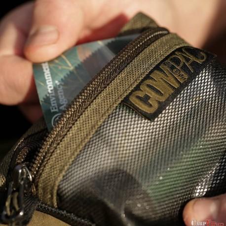 Compac Wallet medium